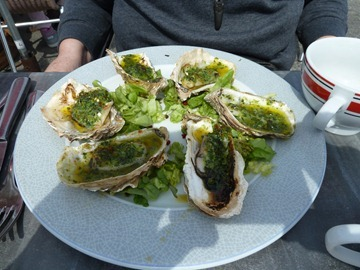 Oysters with Garlic and Butter